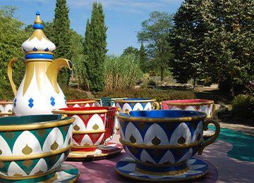 Les tasses au parc d'attraction Le PAL
