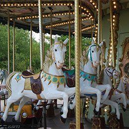 Le Carrousel au parc de loisirs Le PAL en Auvergne-Rhône-Alpes
